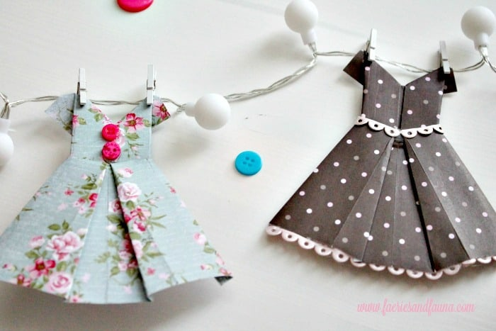 18.-Vintage-Origami-Dresses-for-a-Spring-Bunting-with-Lights-700