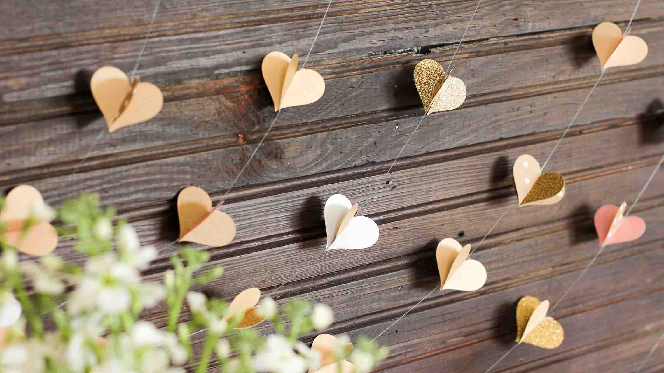 DIY-paper-heart-garland-FB