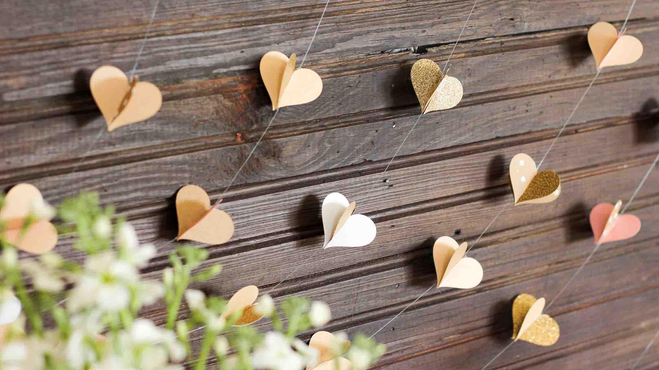 DIY-paper-heart-garland-FB