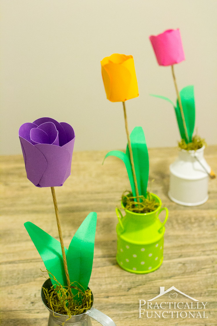 How-To-Make-Paper-Flowers-3D-Paper-Tulips-15